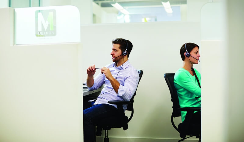 Call_Center_Two_People_Headsets