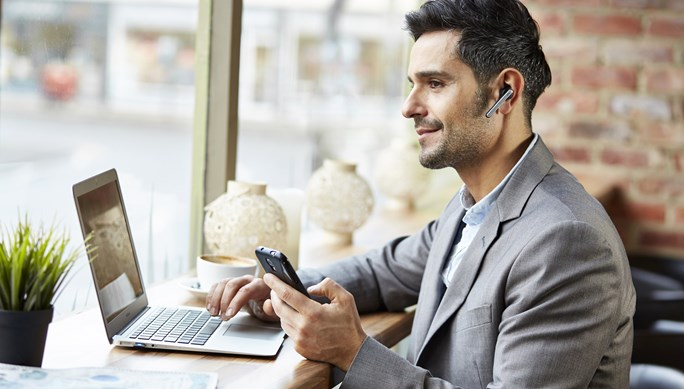 Jabra Stealth UC together with Skype for Business connects people everywhere to achieve more, together.